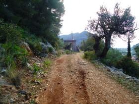 Ο δρόμος προς την δεξαμενή.